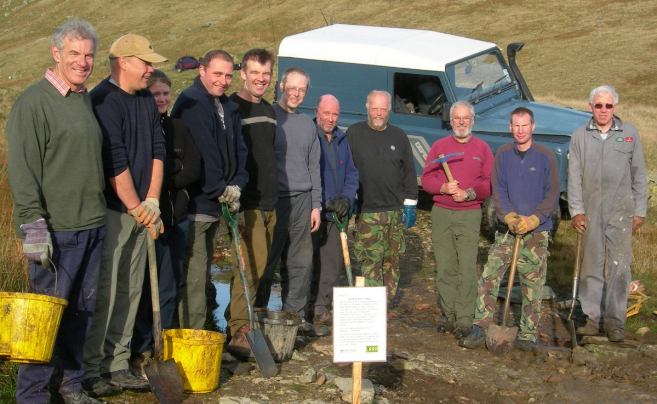 04 The repair team looking pleased with their days work