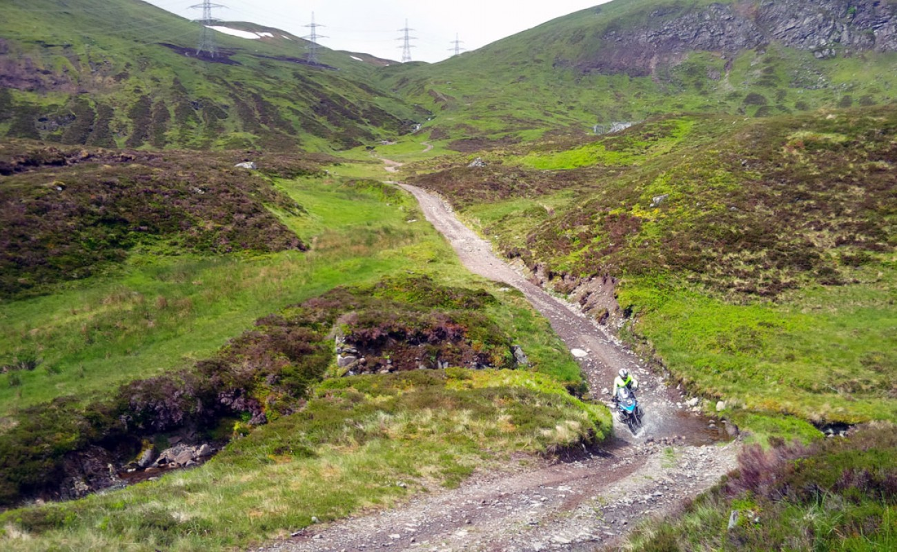 Byway-Tour-Andrew-riding-the-Corrieyairack-Pass